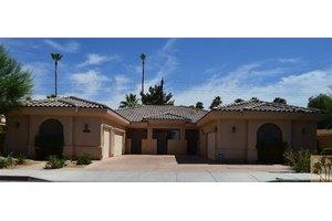 74455 Driftwood Dr, Palm Desert, CA 92260
