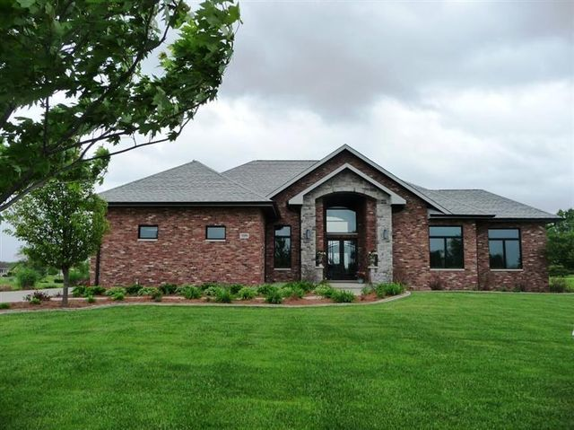 959 White Hawk Dr Crown Point In 46307 3 Beds 3 Baths