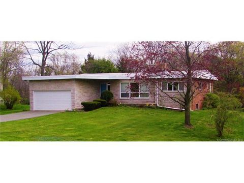 54 Kings Hwy, North Haven, CT 06473