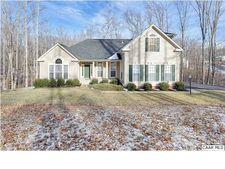 818 Reedy Creek Rd, Louisa, VA 23093