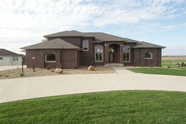3805 Stoney Pointe Ln Iowa City, IA 52240