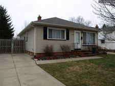 11671 Blossom Ave, Parma Heights, OH 44130