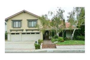 11930 Capistrano Ln, Northridge, CA 91326