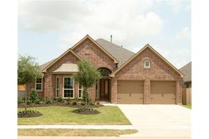 2711 Night Song Dr, Pearland, TX 77584
