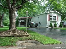 115 Heritage Est, Gaines, NY 14411