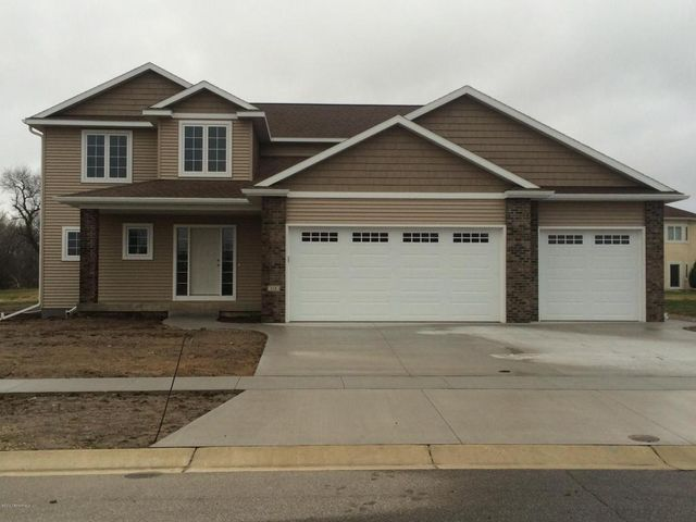 818 beach blvd se stewartville mn 55976 home for sale and real estate listing