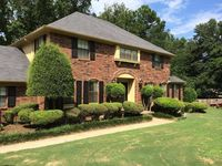 204 Craigwood Dr, Russellville, AR 72801