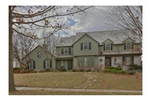 2549 W 118th Ter, Leawood, KS 66211
