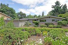 1204 Ne 105th Pl, Seattle, WA 98125