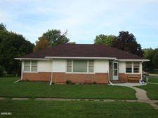 310 Maple Ave, Forreston, IL 61030