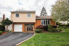 175 Abbe Ln, Clifton, NJ 07013