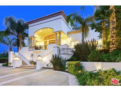 9950 Liebe Dr, Beverly Hills, CA 90210