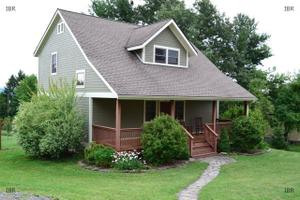 111 Valleyview Rd, Ithaca, NY 14850