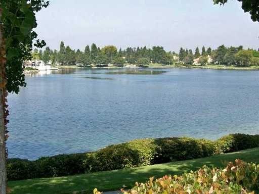 2055 Lakeridge Cir Unit 304 Chula Vista, CA 91913