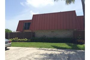 3212 Meridian Way N Apt D, Palm Beach Gardens, FL 33410