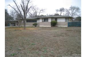 135 Jeanette Dr, San Antonio, TX 78216