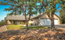 14225 Noble Oaks Dr, Red Bluff, CA 96080