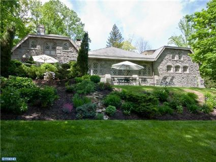 3210 Saint Davids Rd, Newtown Square, PA