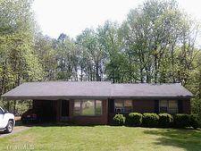 410 Pinewood Dr, Madison, NC 27025