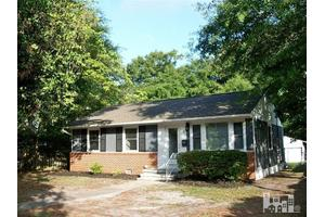 810 Rosemont Ave, Wilmington, NC 28403