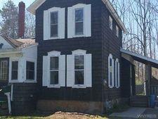1010 Elm St, Shelby, NY 14103