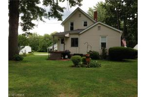 215 Newell St, Painesville Township, OH 44077