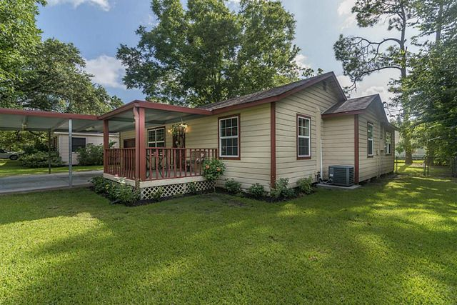 1323 s beauregard st alvin tx 77511 home for sale and