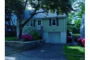 100 Marcel St, Bridgeport, CT 06606