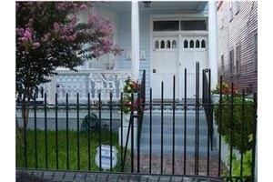 148 Spring St, Charleston, SC 29403