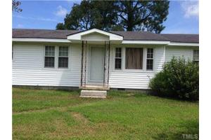 1565 Grabtown Rd, Smithfield, NC 27577