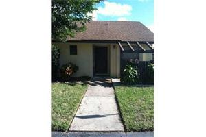 92 Via De Casas Norte, Boynton Beach, FL 33426