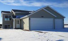 230 Maple Point Blvd, Mapleton, ND 58059