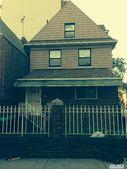 3070 29th St, Astoria, NY 11102