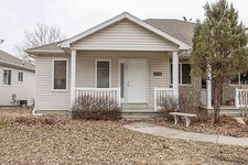 3318 Emerald Dr, Ames, IA 50010