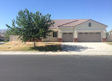 19849 Wallflower Ln, Apple Valley, CA 92308