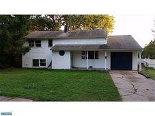 2604 Faulkland Rd, Wilmington, DE 19808