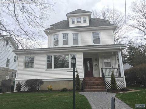335 Moore Ave, Leonia, NJ 07605