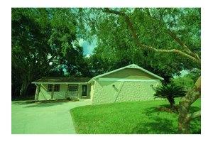 1305 Cottage Pl, Brandon, FL 33510