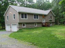 112 Mountain Top Rd, Lackawaxen, PA 18435