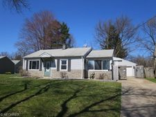 49 Broadmore Ave, Bedford, OH 44146
