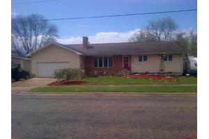 524 High St, Arlington, IA 50606