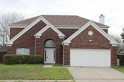 6701 Lyndale Dr, Watauga, TX