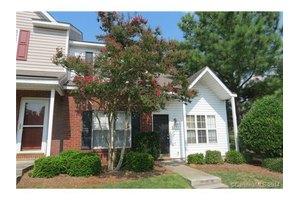 1771 Forest Side Ln, Charlotte, NC 28213