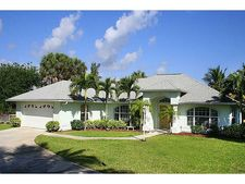 1356 Plato Ct, Vero Beach, FL 32963