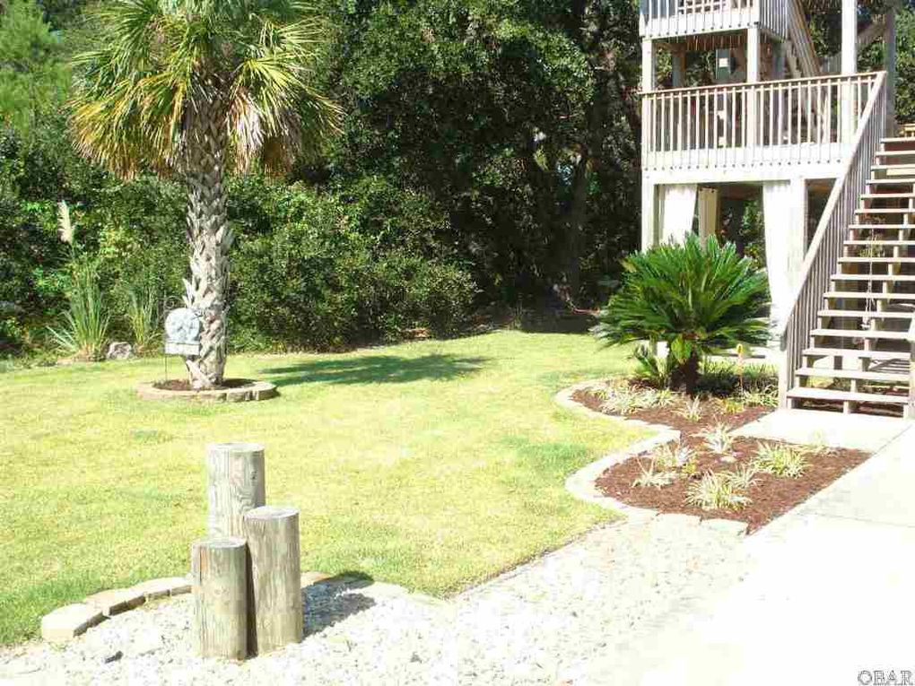 438 W Palmetto St, Kill Devil Hills, NC 27948 - realtor.com®