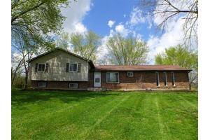 854 Routzong Rd, Xenia, OH 45385