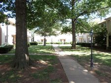 1435 N Forbes Rd Unit 10, Lexington, KY 40511