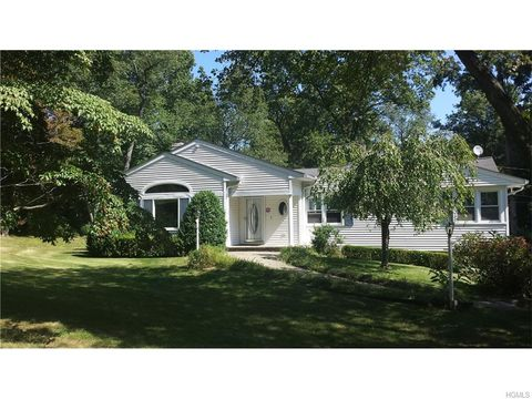 7 Bowman Dr, Call Listing Agent, CT 06831