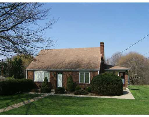 3831 Greenfield Rd, Allison Park, PA 15101