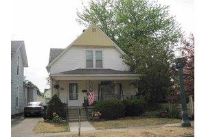 414 S Oak St, Kendallville, IN 46755